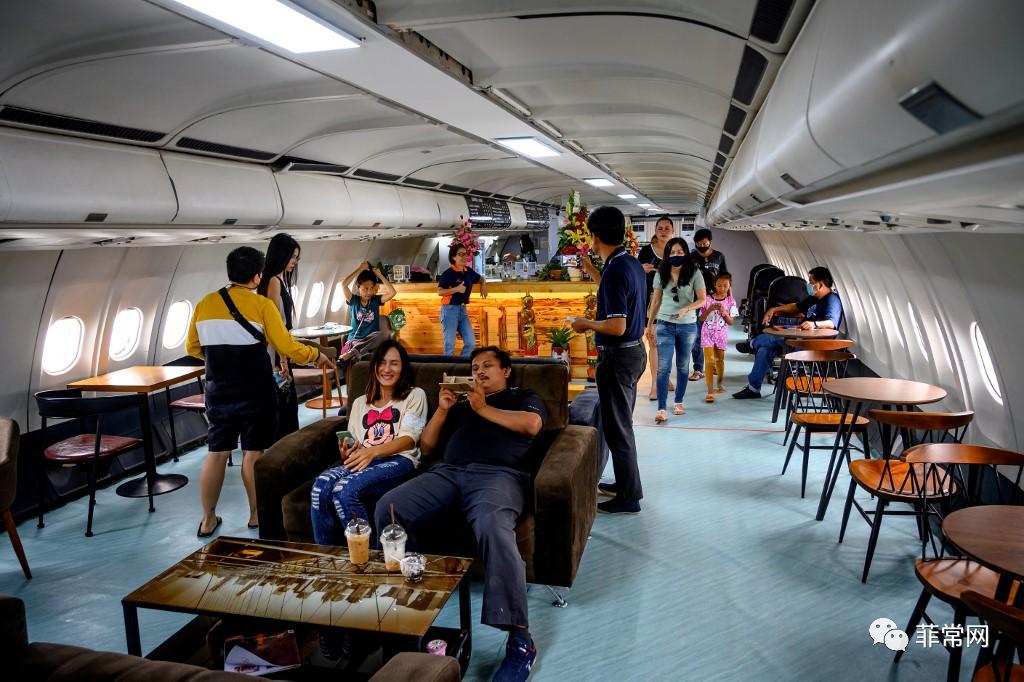 由于旅行限制,飞机咖啡馆在泰国起飞
